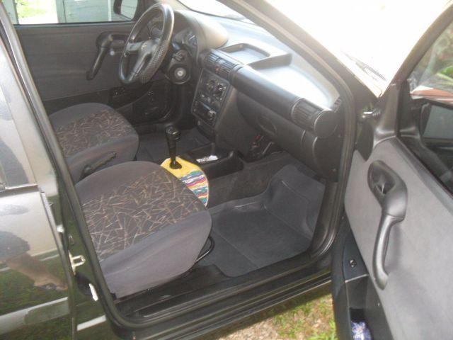 Chevrolet Corsa Sedan Super 1.6 MPFi - Foto #3