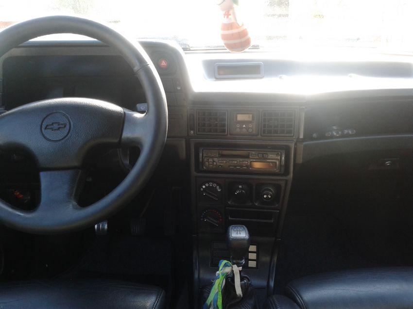 Chevrolet Kadett Hatch GSi 2.0 MPFi - Foto #3