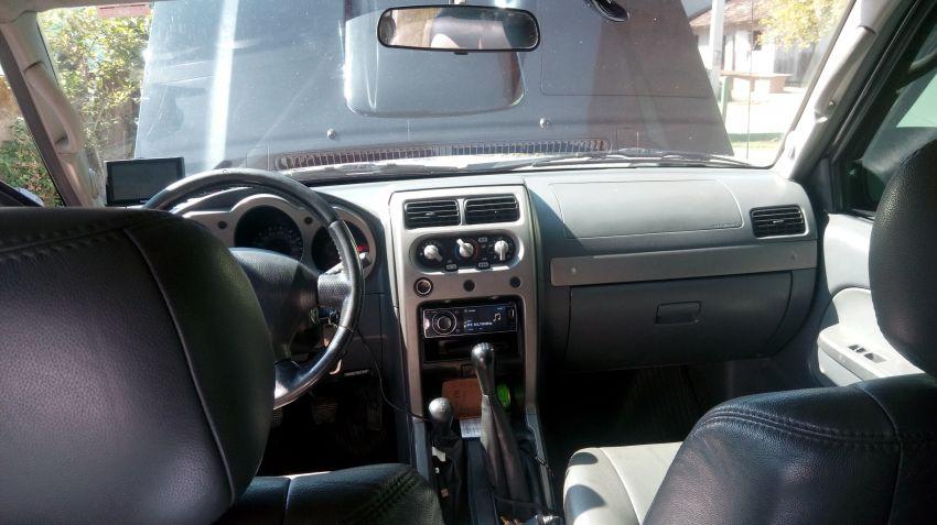 Nissan Frontier SE Serrana 4x4 2.8 (cab. dupla) - Foto #5