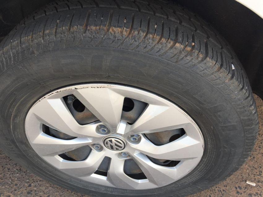 Volkswagen Voyage 1.0 MPI Trendline (Flex) - Foto #6