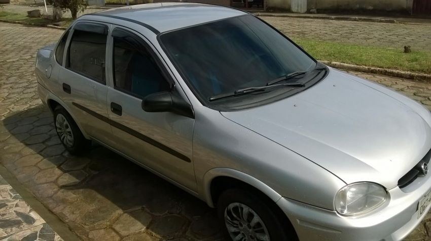 Chevrolet Corsa Sedan Classic 1.0 MPFi - Foto #5
