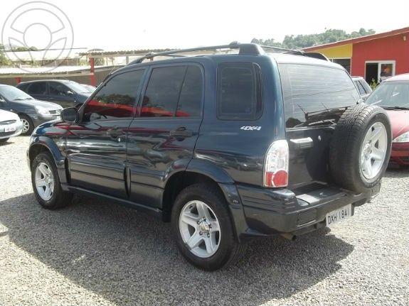 Chevrolet Tracker 4x4 2.0 - Foto #2