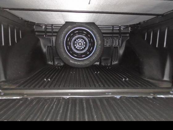 Fiat Strada Working 1.4 (Flex)(Cab Dupla) - Foto #8
