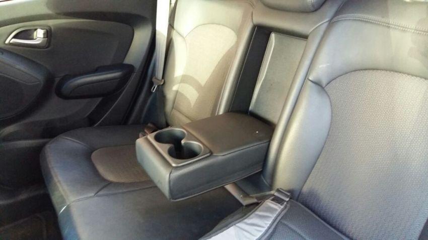 Hyundai ix35 2.0 GLS Intermediário 4WD (Aut) - Foto #9