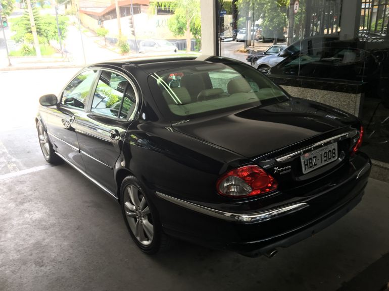Jaguar X Type 2.5 V6 - Foto #2