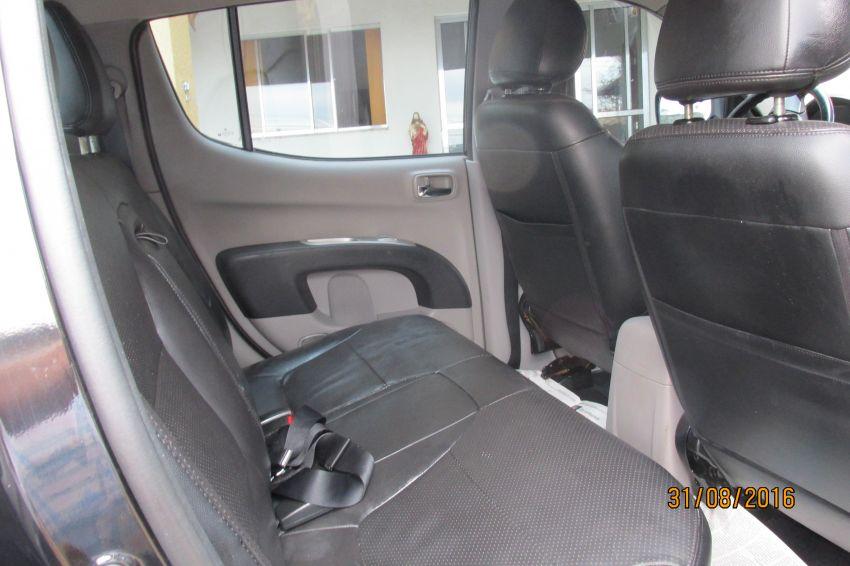 Mitsubishi L200 Triton 3.2 DID-H GLS KTM 4WD - Foto #6