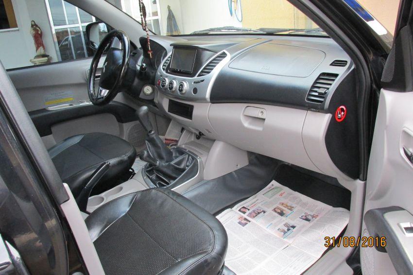 Mitsubishi L200 Triton 3.2 DID-H GLS KTM 4WD - Foto #8