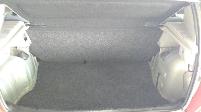 Renault Clio Hatch. 1.0 16V (série limitada) 4p - Foto #6
