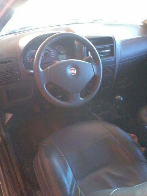 Fiat Strada Working 1.4 (Flex)(Cab Dupla) - Foto #2