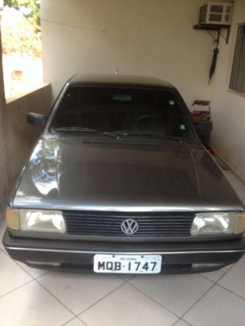 Volkswagen Voyage GL 1.8 - Foto #1