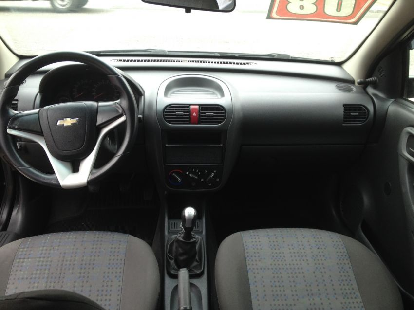 Chevrolet Corsa Hatch Joy 1.0 (Flex) - Foto #8