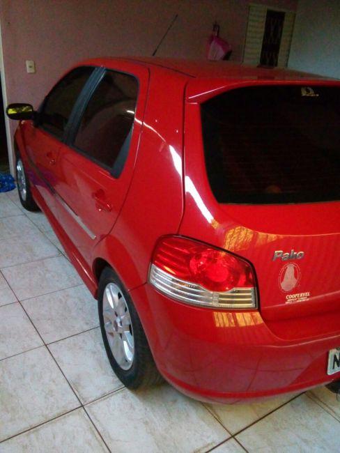 Fiat Palio Attractive 1.4 (Flex) - Foto #1