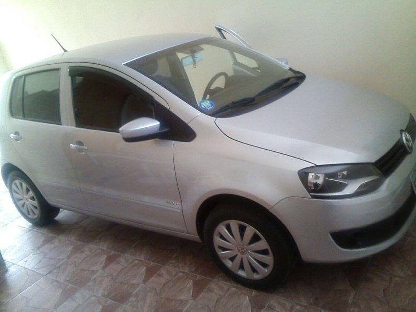 Volkswagen Fox 1.6 8V (Flex) - Foto #2