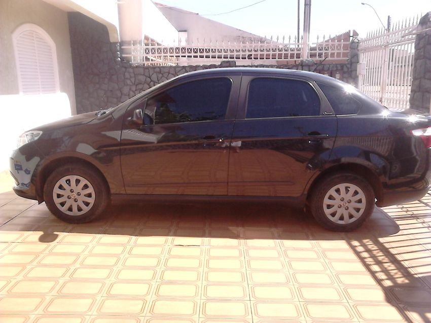 Fiat Grand Siena Attractive 1.4 (Flex) - Foto #1