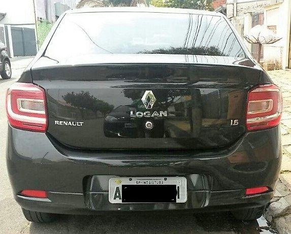 Renault Logan Expression 1.6 8V - Foto #9