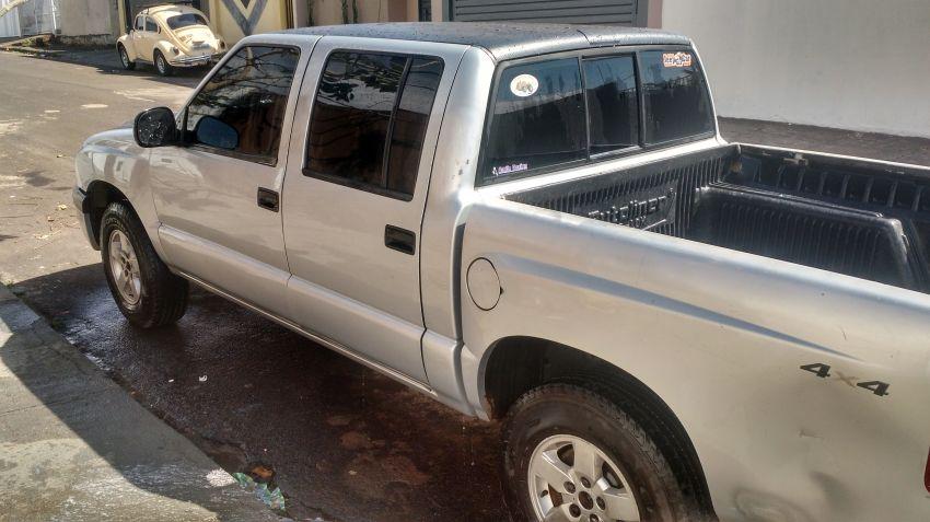 Chevrolet S10 2.8 CTDi 4x4 LS (Cab Dupla)