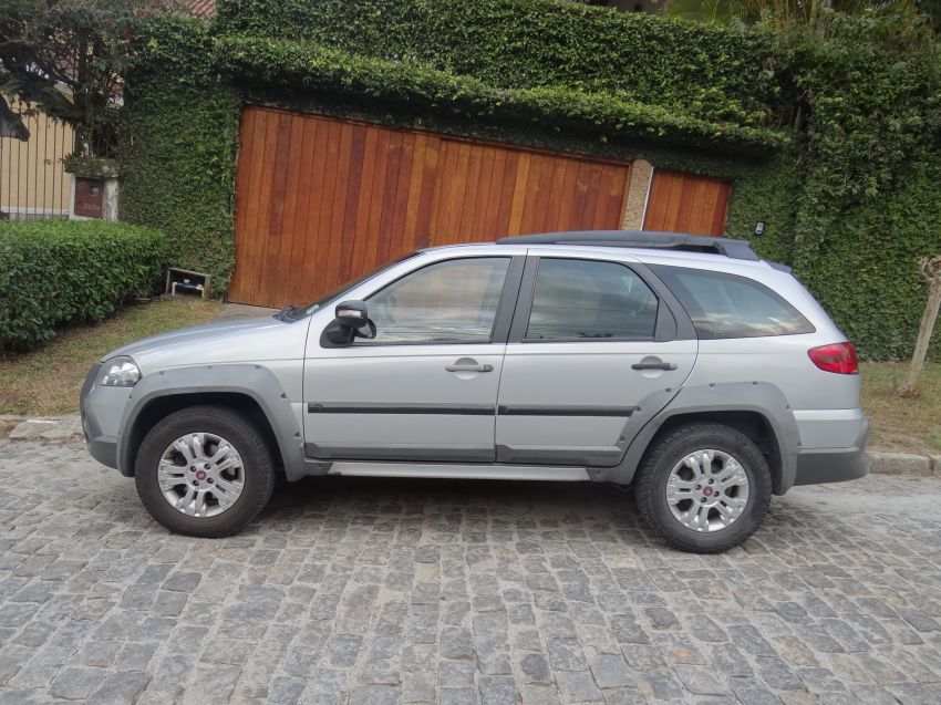 Fiat Palio Weekend Adventure Locker 1.8 8V (Flex) - Foto #3