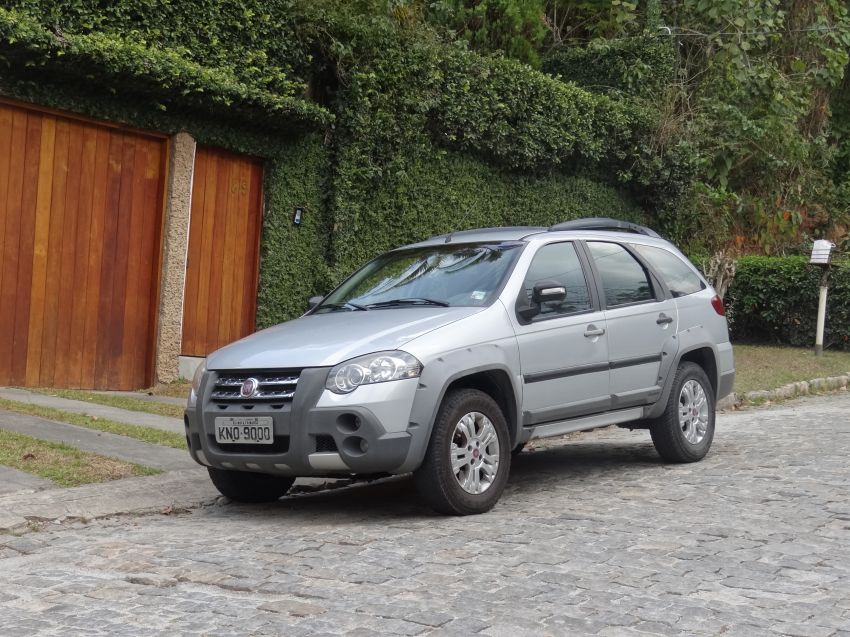 Fiat Palio Weekend Adventure Locker 1.8 8V (Flex) - Foto #1