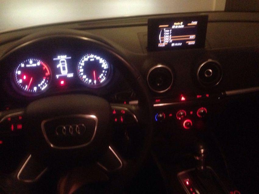 Audi A3 1.4 TFSI Sportback Ambiente S tronic - Foto #4