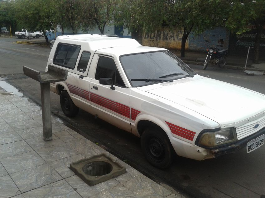 Ford Pampa Ghia 1.8 (Cab Simples) - Foto #4