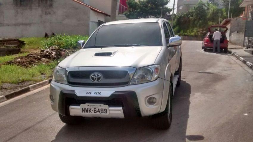 Toyota Hilux 2.7 Flex 4x2 CD SR Auto - Foto #3
