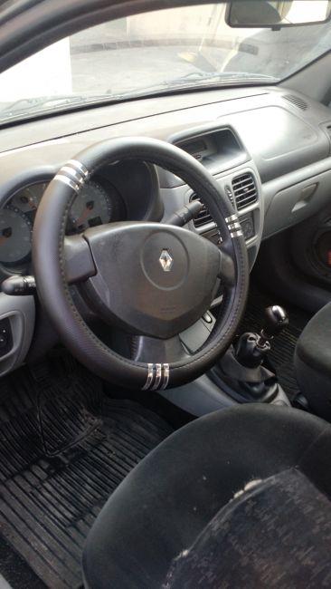 Renault Clio Sedan Privilége 1.6 16V (flex) - Foto #1