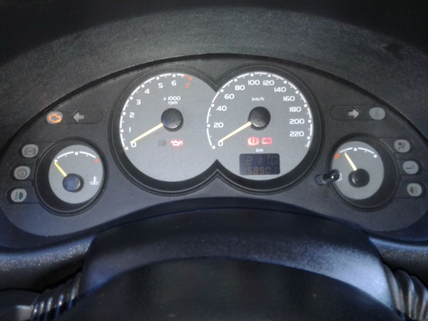 Chevrolet Corsa Sedan Classic 1.0 VHC 8V - Foto #8