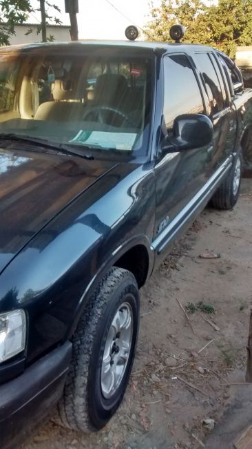 Chevrolet S10 Luxe 4x2 2.5 (Cab Dupla) - Foto #5