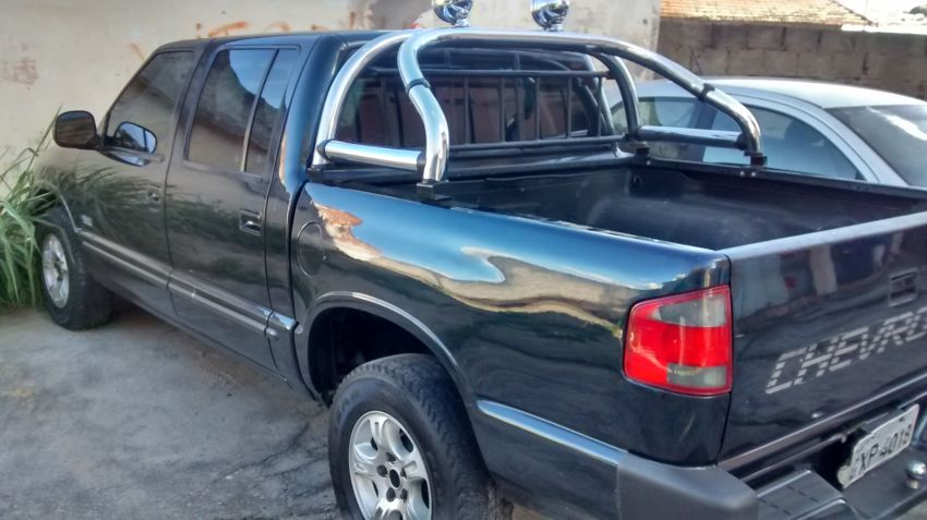 Chevrolet S10 Luxe 4x2 2.5 (Cab Dupla) - Foto #6