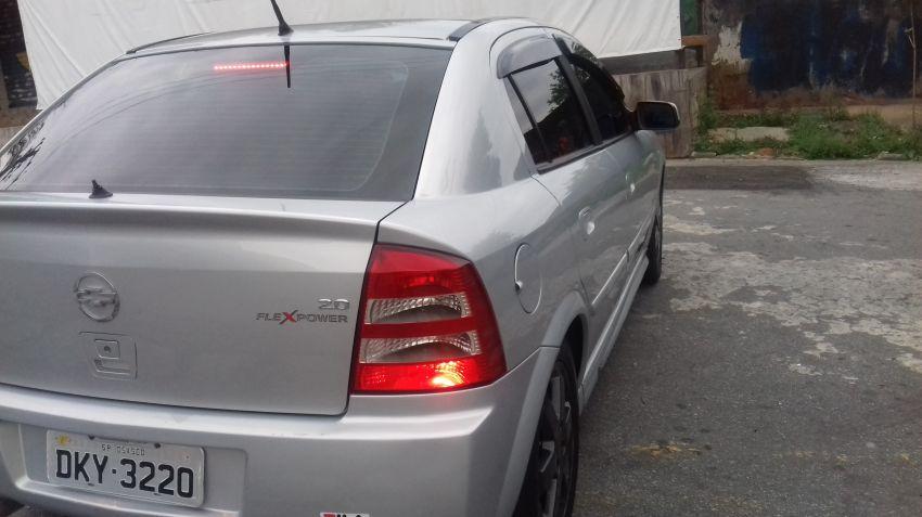 Chevrolet Astra Sedan Elite 2.0 (Flex) - Foto #3