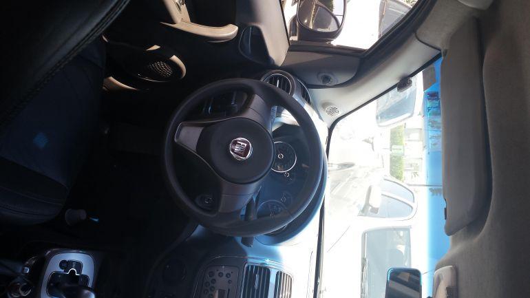 Fiat Grand Siena Essence Dualogic 1.6 16V (Flex) - Foto #10