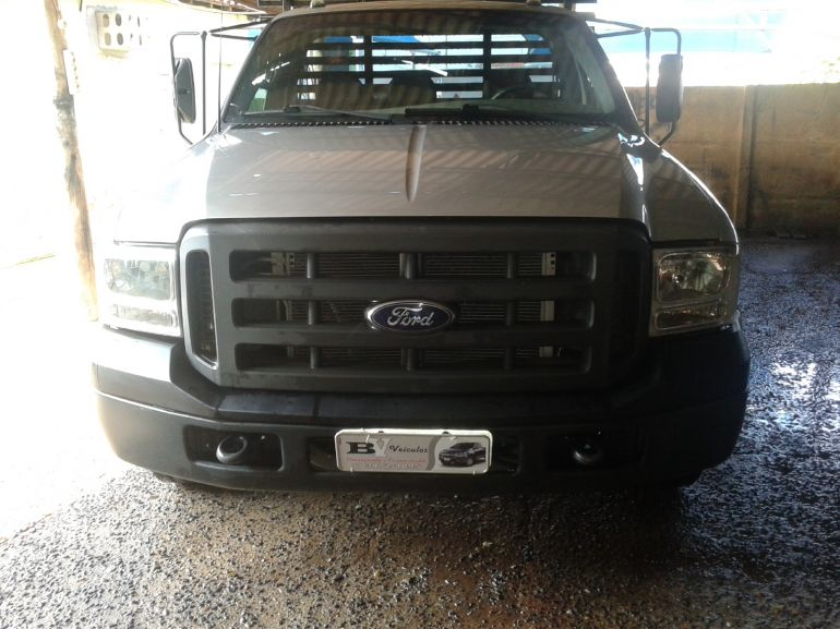 Ford F350 (Cabine Simples) - Foto #5