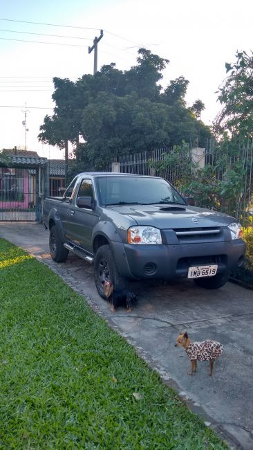 Nissan Frontier XE 4x2 2.8 (cab. simples) - Foto #2