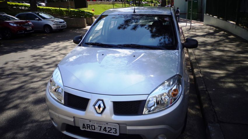 Renault Sandero Authentique 1.6 8V Hi-Torque (flex) - Foto #5