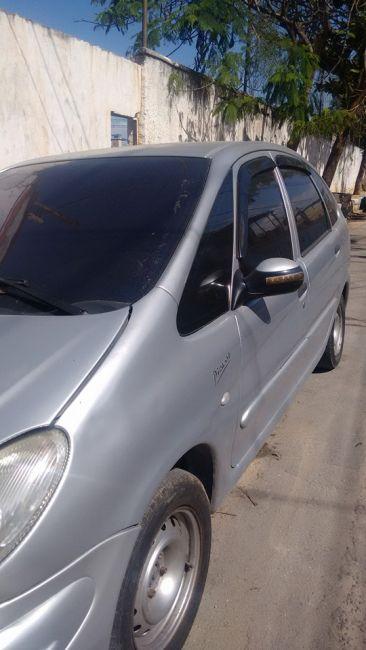 Citroën Xsara Picasso Exclusive Brasil 2.0 16V - Foto #3