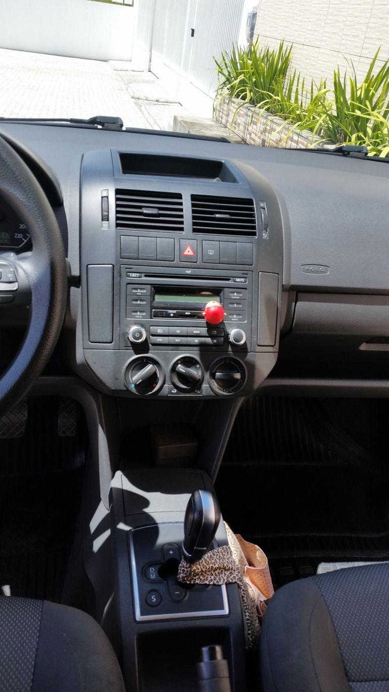 Volkswagen Polo Hatch. 1.6 8V I-Motion (Flex) (Aut) - Foto #5