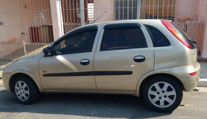 Chevrolet Corsa Hatch Joy 1.0 (Flex) - Foto #1