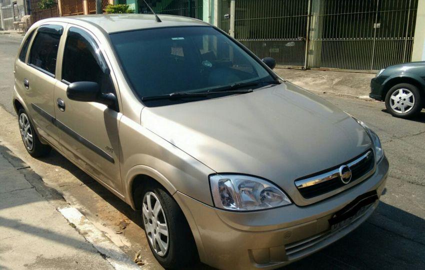 Chevrolet Corsa Hatch Joy 1.0 (Flex) - Foto #3