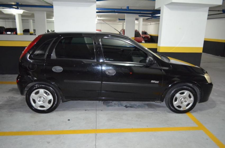 Chevrolet Corsa Hatch Maxx 1.8 (Flex) - Foto #3