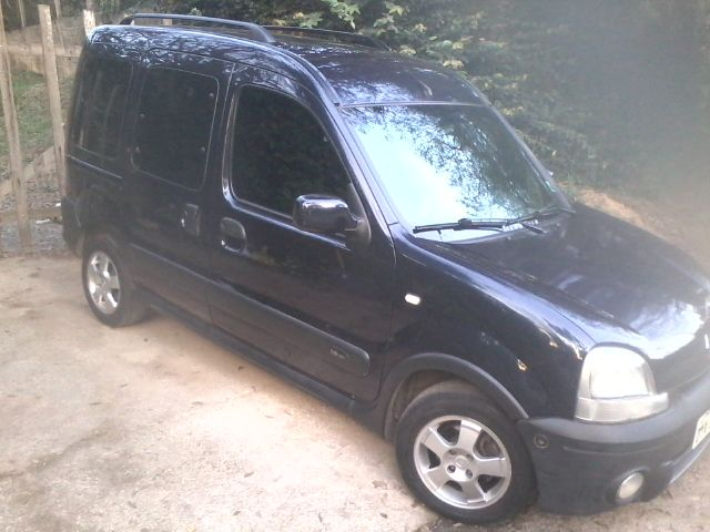 Renault Kangoo Expression 1.6 16V (flex) - Foto #1