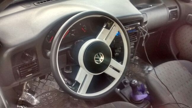 Volkswagen Gol 1.0 8V 2p - Foto #4