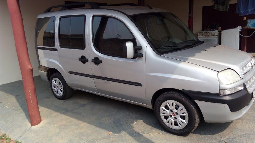 Fiat Doblò ELX 1.8 8V (Flex) - Foto #4