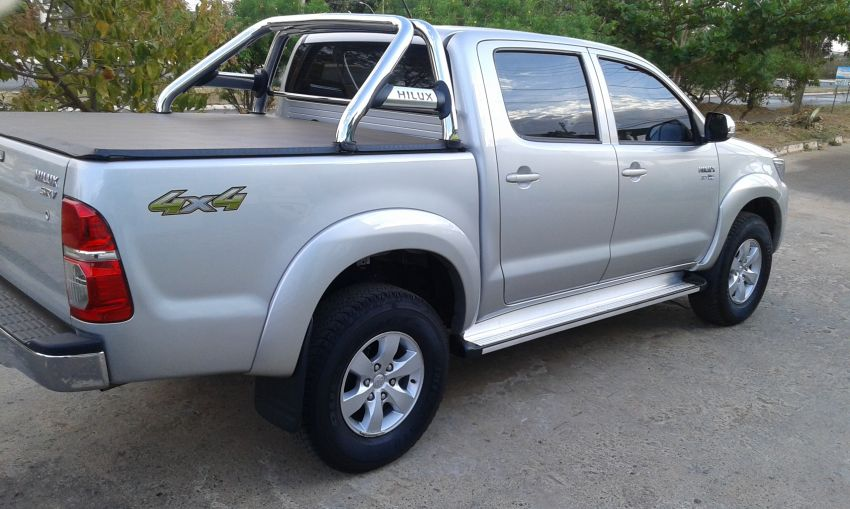 Toyota Hilux 2.7 SRV CD 4x4 (Flex) (Aut) - Foto #4
