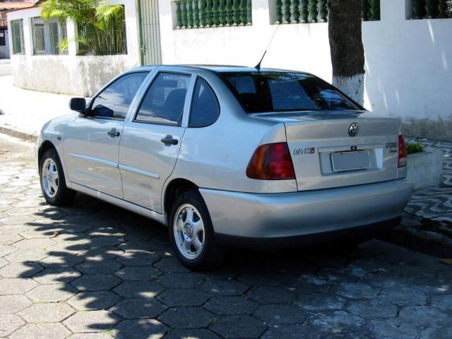 Volkswagen Polo Classic 1.8 MI Special - Foto #1