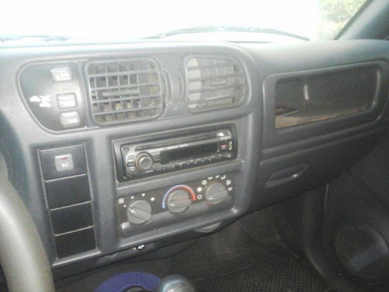 Chevrolet S10 Colina 4x4 2.8 (Cab Dupla) - Foto #5