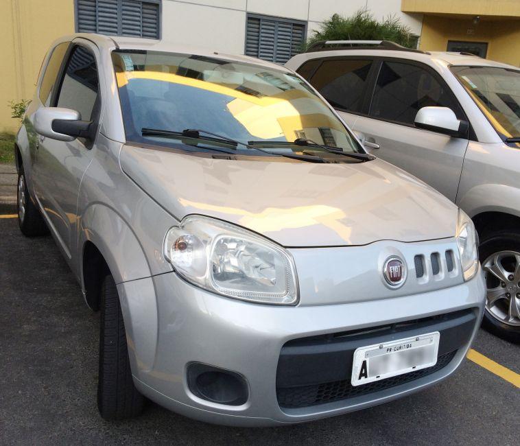 Fiat Uno Vivace 1.0 (Flex) 2p - Foto #5