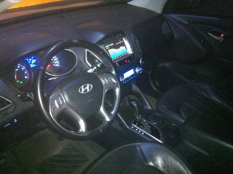 Hyundai ix35 2.0 GLS Intermediário 4WD (Aut) - Foto #3