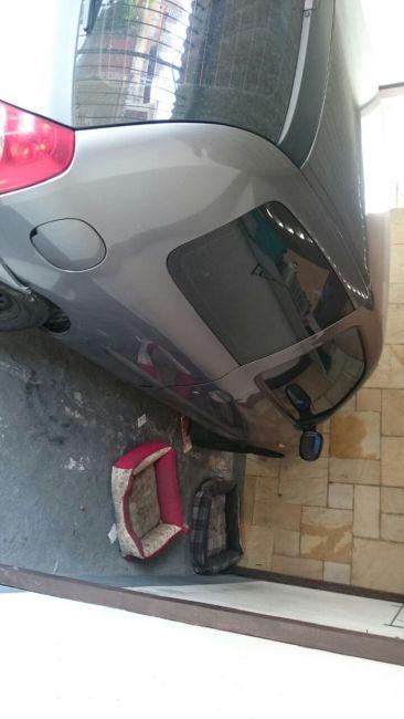 Renault Clio Hatch. Authentique 1.0 16V - Foto #2