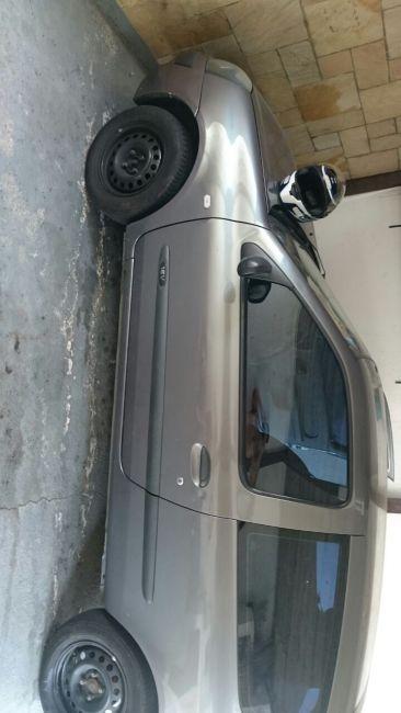 Renault Clio Hatch. Authentique 1.0 16V - Foto #7