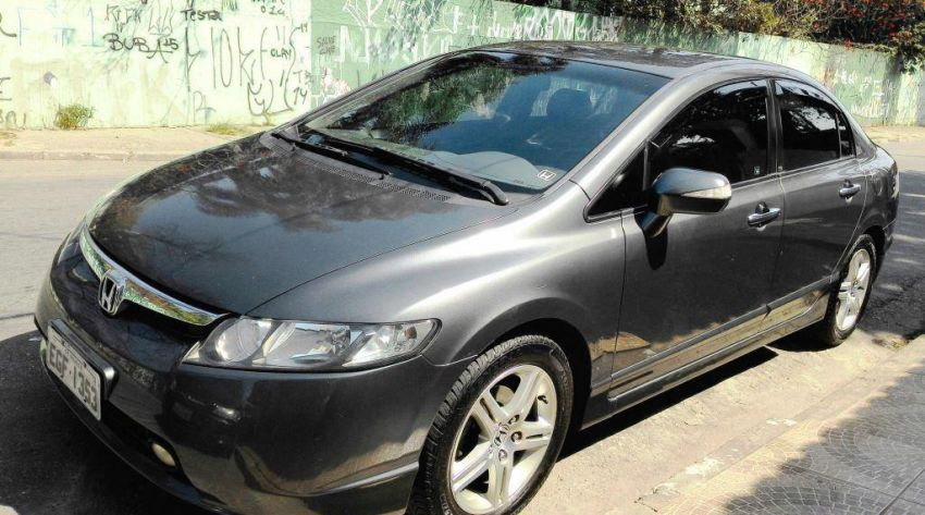 Honda Civic Sedan EXS 1.6 16V - Foto #3
